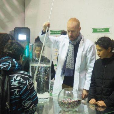 Des collégiens engagés pour le recyclage du plastique