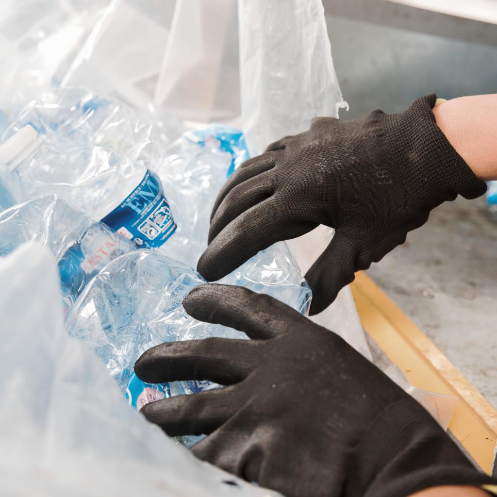 Collecte déchets infectieux entreprises